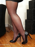 Sexy brunette Lauryn will get your stiletto fetish going, with the brush silky nylon legs and significant clouded pointy high heel shoes