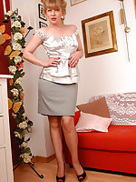 A Blonde Diva Mature in brown barefeet stockings