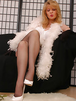 Angel as Diva in black colored reinforced stockings