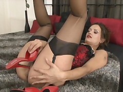 Valentina - Satin seduction!