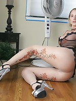 Sexy leggy Milf in high heels, stockings and pantyhose