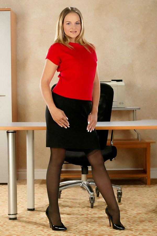 Lucky luckyyyyyyy Pantyhose sex tubes secretary teasing that look she