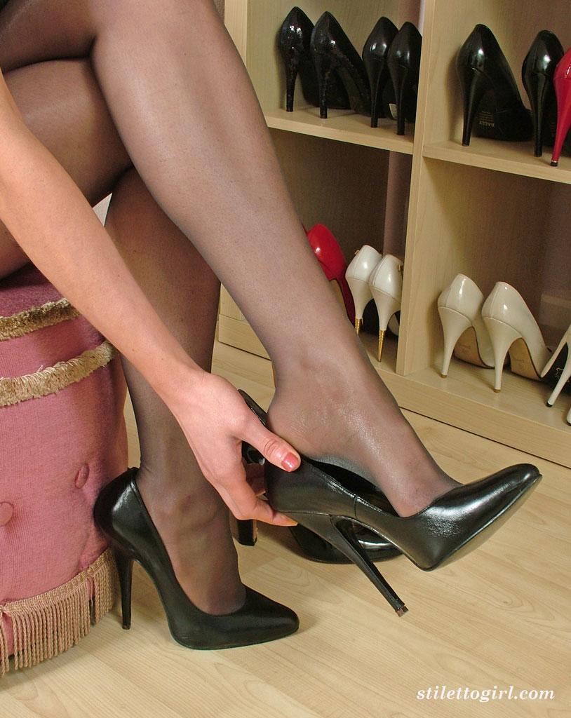 Stiletto heels' Search - XVIDEOS. COM