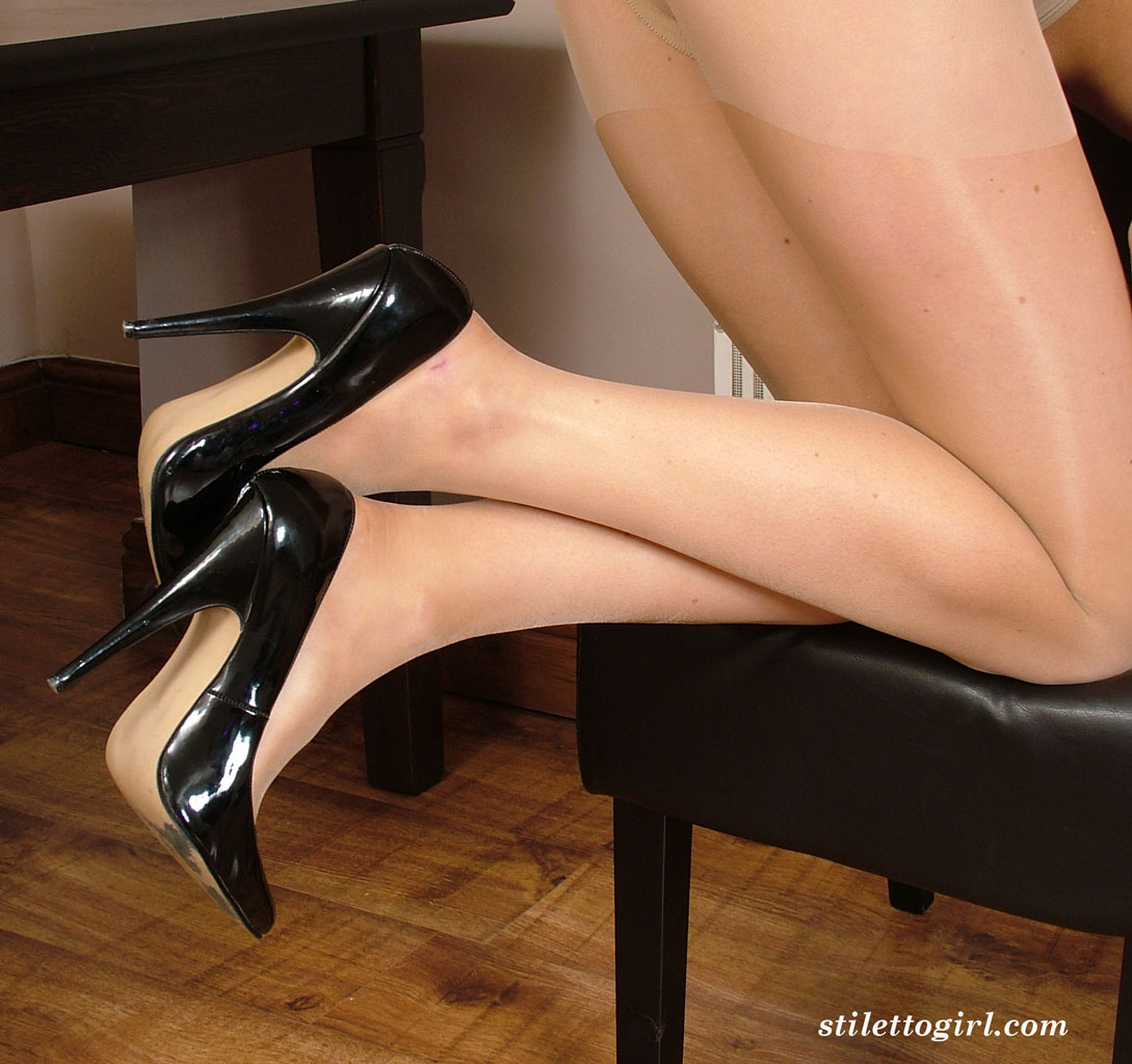 high heels fetish gallery