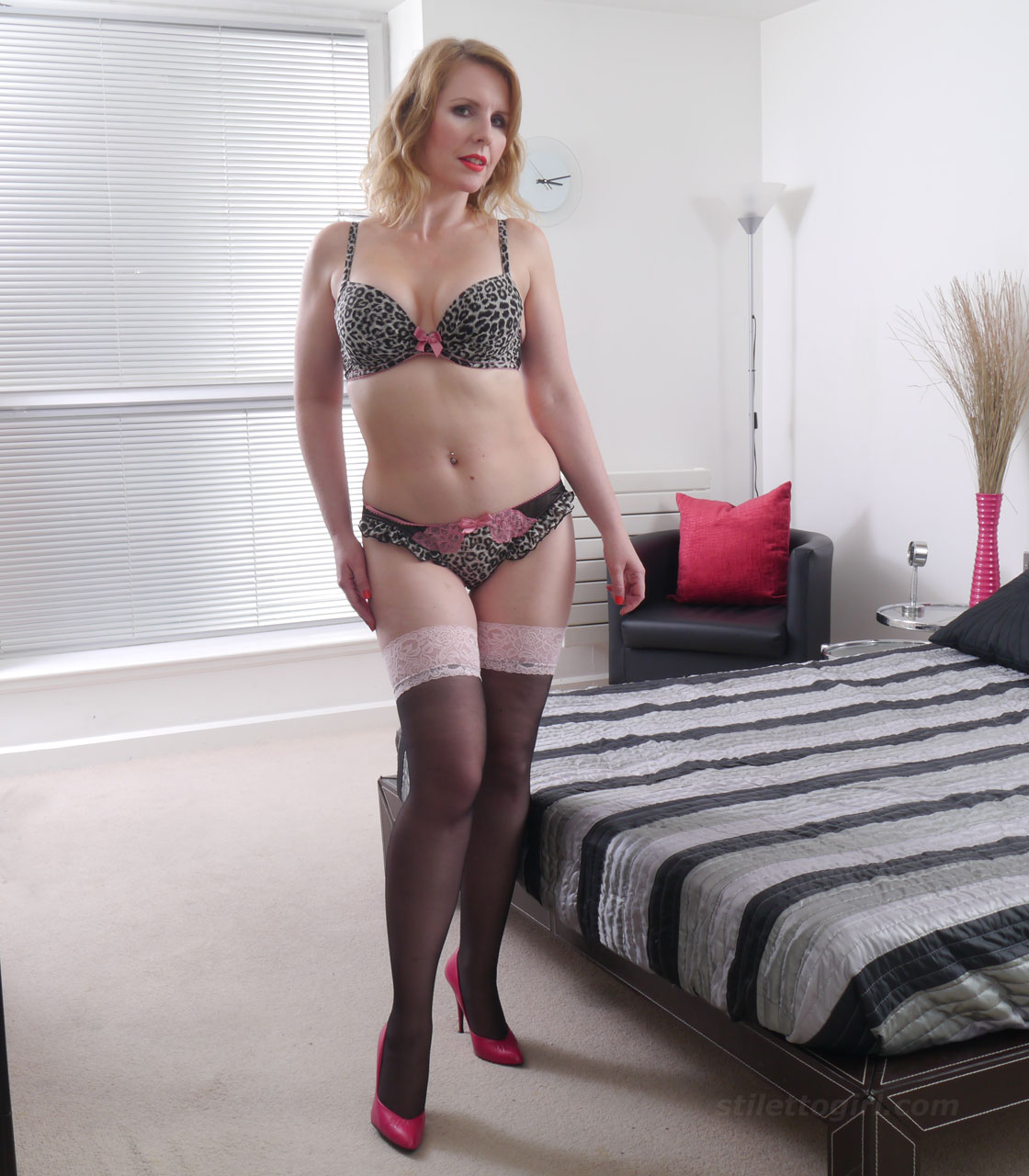 Milf High Heels Porn Videos